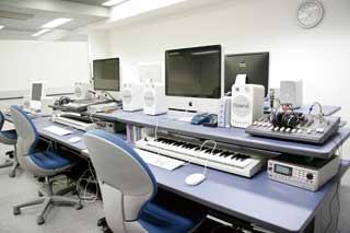 スクール内部_レッスン室DTM.jpg